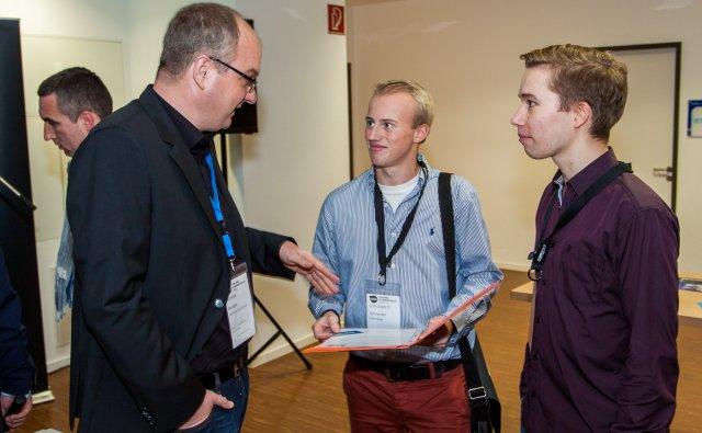 Dr. Gunnar Bender von Facebook Deutschland im Interview mit Christoph David Schneider und Joris Clement