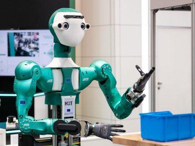d!tec - Diruptive Geschäftsmodelle und Startups, Karlsruher Institut für Technologie, KIT - Die Forschungsuniversität in der Helmholtz-Gemeinschaft, Halle 27, Stand G52, Armar - 6 - The humanoid Robot,